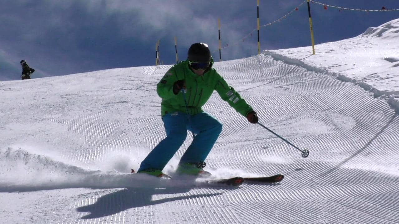 Ski technique: learn the importance of ankle flex and how to fix it