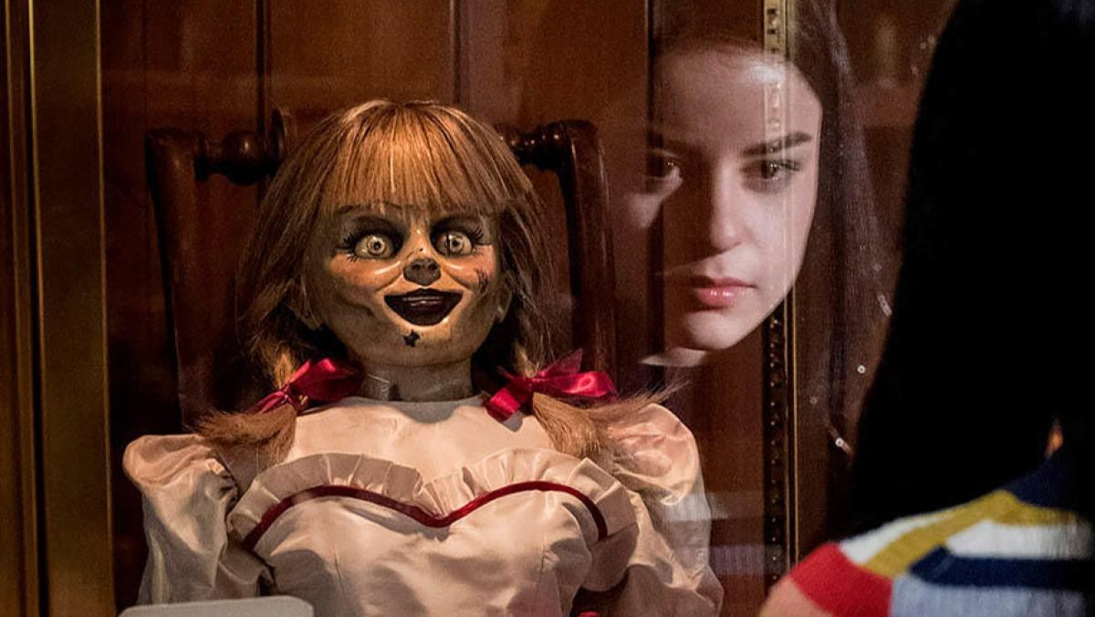 How ANNABELLE COMES HOME Sets Up THE CONJURING 3