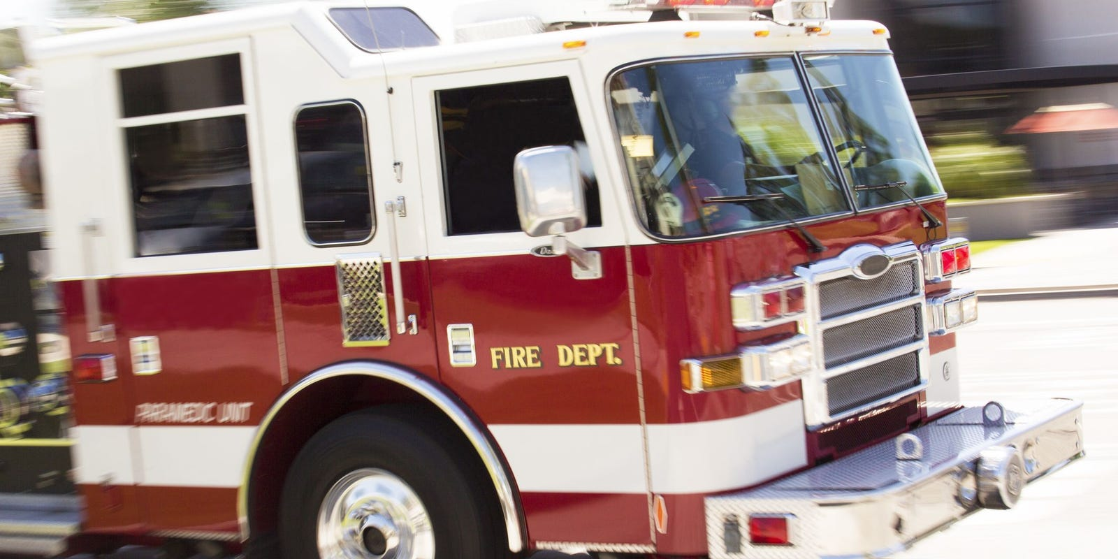 Fire department battles blaze after house explosion in Warren