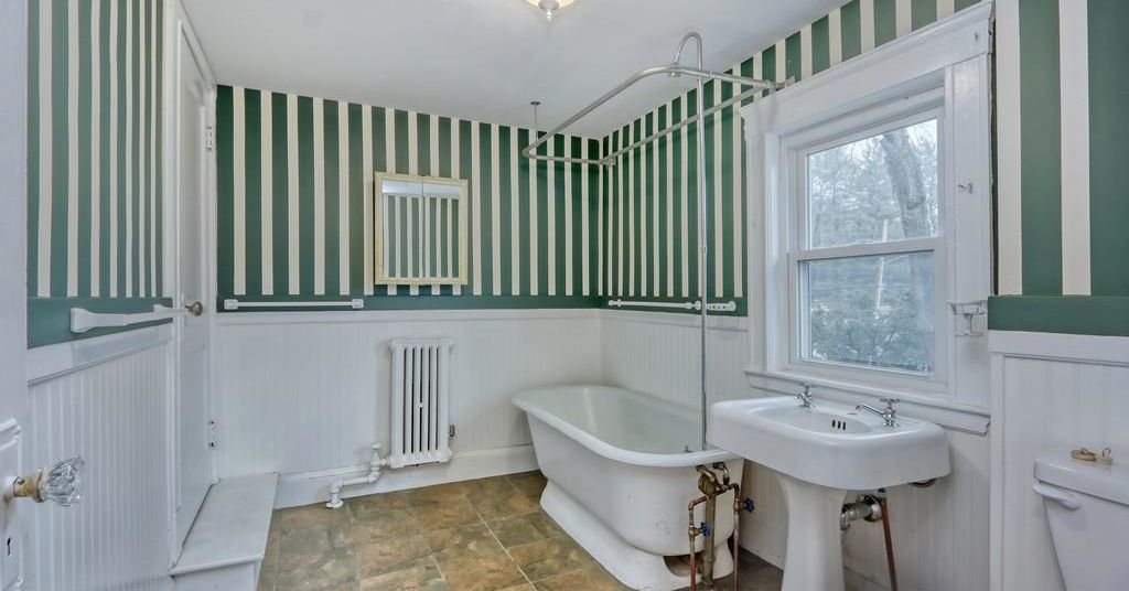 There is potential in this JP colonial asking $660,000